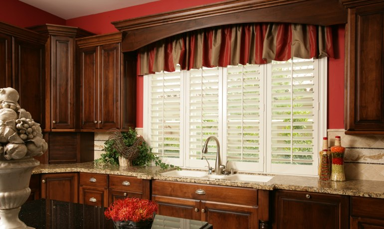 Destin kitchen shutter and cornice valance