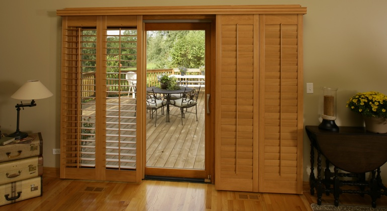 Destin wood shutter sliding door