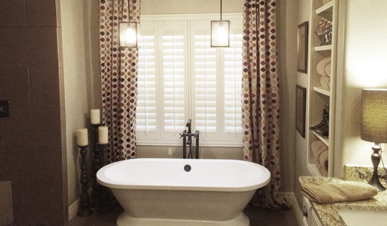 Polywood Shutters in Destin Bathroom