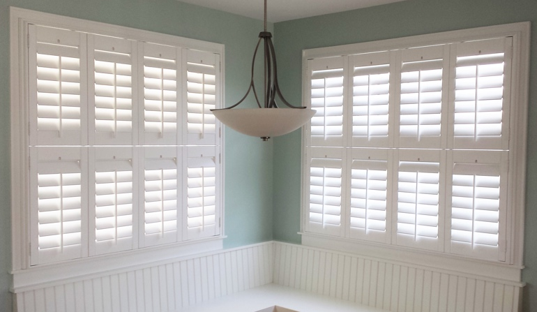 Destin plantation shutters in booth