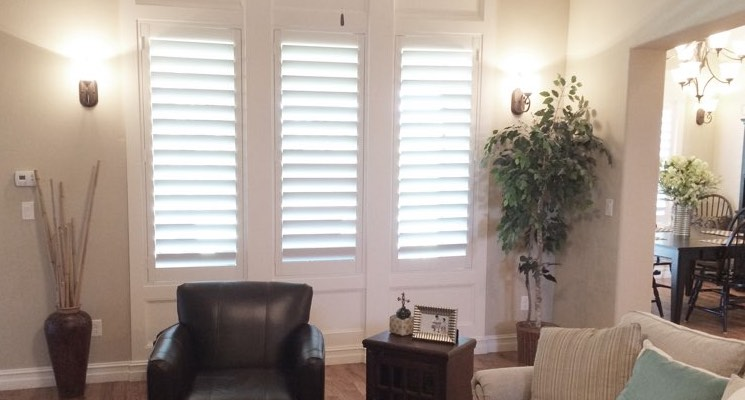 Destin parlor white shutters
